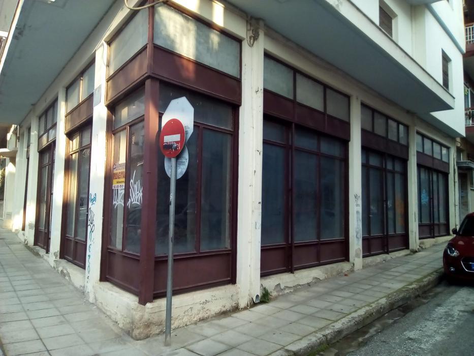 Πώληση, Κατάστημα 128 τ.μ., Κέντρο, Αγρίνιο, € 58.000
