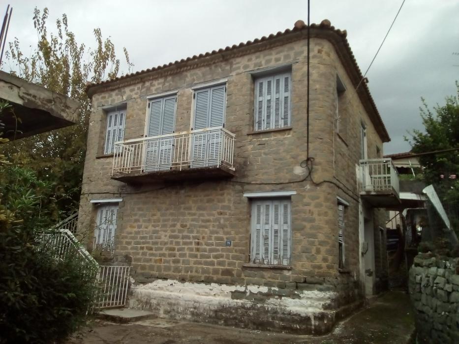 Πώληση, Μονοκατοικία 160 τ.μ., Αγρίνιο, Αιτωλοακαρνανία, € 190.000