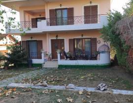 Πώληση, Μονοκατοικία 250 τ.μ., Διαμανταίικα, Αγρίνιο, € 250.000