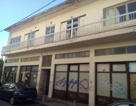 Ενοικίαση, Κτίριο επαγγελματικών χώρων 320 τ.μ., Κέντρο, Αγρίνιο, € 500