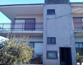 Πώληση, Διαμέρισμα 125 τ.μ., Παναιτώλιο, Θεστιές, € 55.000